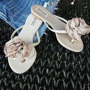 Badgley Mischika flower floral sandals sz 6.5